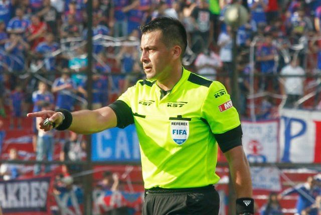 Rusia 2018: Julio Bascuñán será cuarto árbitro en duelo ...
