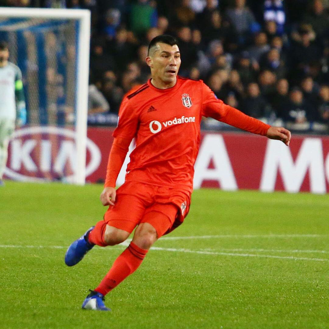 Europa League: Besiktas con Gary Medel cedió empate ante